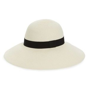 NWTs NORDSTROM White Floppy Straw Hat